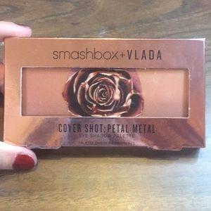 Smashbox+VLADA Cover Shot: petal metal eye palette